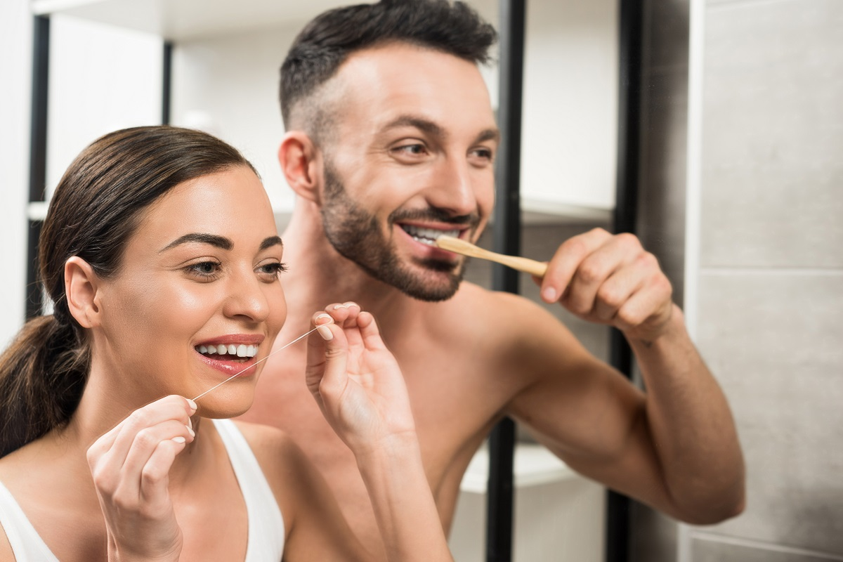 A couple with proper dental hygiene