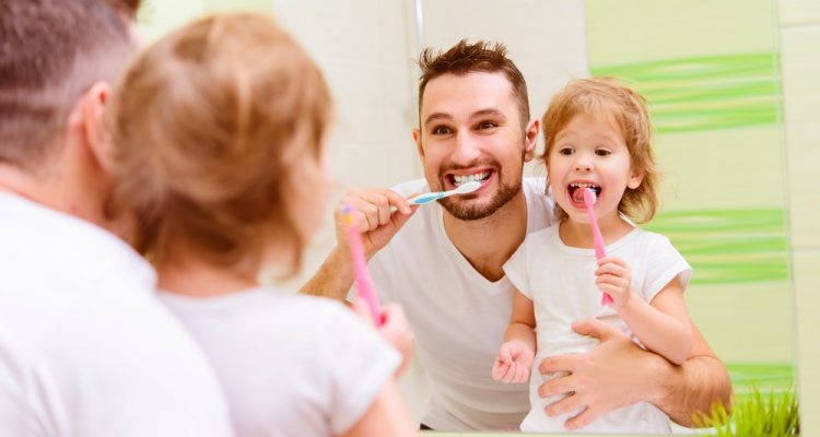 Maintain your oral health during isolation
